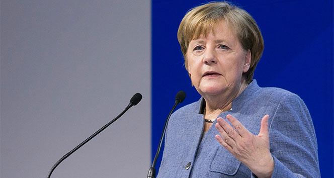 Merkel 2050 yılına kadarki iklim değişikliği hedeflerini açıkladı