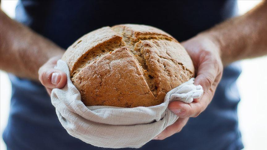 Kendi ekmeklerini kendileri yapıyorlar